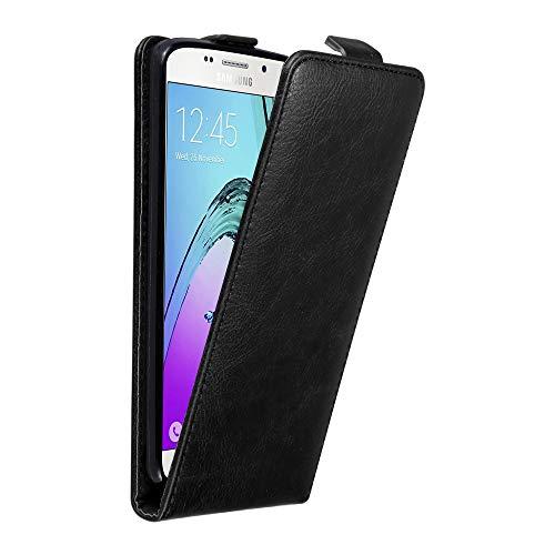Cadorabo Custodia per Samsung Galaxy A5 2016 in Nero di Notte - Protezione in Stile Flip con Chiusura Magnetica - Case Cover Wallet Book Etui