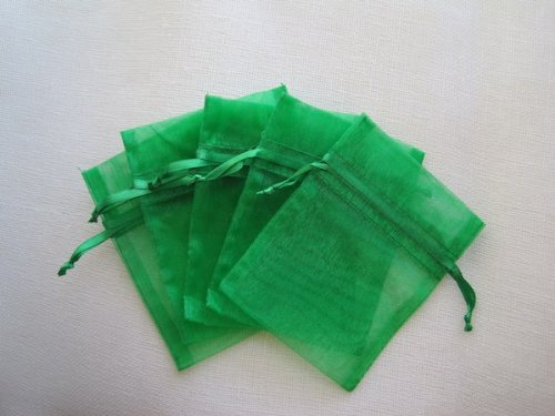 MyCraftSupplies Premium Organza Bags 4x6 Inch 30-Pack for Favors, Gifts, Jewelry (Emerald Green)