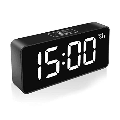 HOMVILLA Digitaler Wecker, 4,6' LED-Display-Uhren mit Sprachsteuerung Funktion, USB Ladeanschluss, Snooze, 25 Weckerlieder, Speicher Batterie, 3 Helligkeit und Lautstärke Regelbar, 12/24 HR