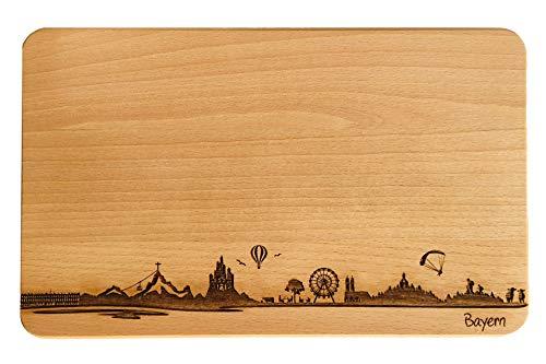 Brotzeitbrett Bayern Skyline | Frühstücksbrettchen aus Buche | Holz Schneidbrett | Geschenk mit Gravur | Bundesland Bayern | Frühstücksbrett (Standard (22x14x1cm), ohne persönlicher Gravur)