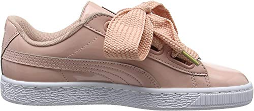 Puma Damen Basket Heart Patent Low-top Sneaker, Beige (Peach Beige), 40 EU