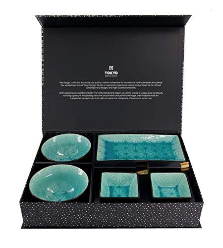 TOKYO design studio, Glassy Turquoise Design Star, Set mit 2 Tellern + 2 Saucen-Schalen + 2 Reis-Schalen+ 2 Paar Essstäbchen, 8-TLG, Steingut