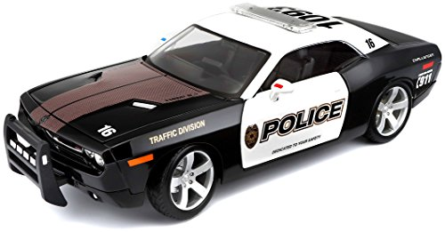 Maisto 31365 - Modelauto 1:18 Dodge Challenger Concept 06 Politie
