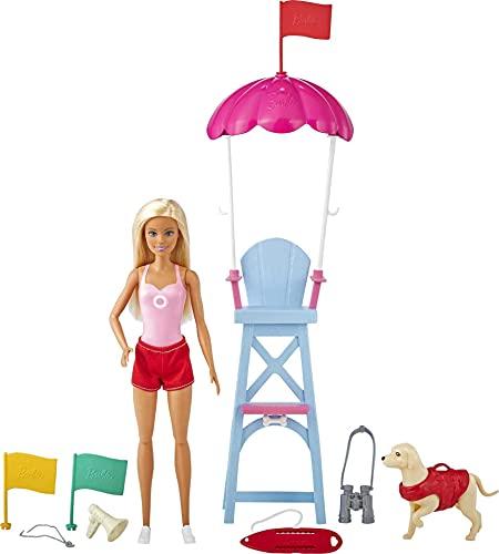 Barbie Socorrista Muñeca rubia con silla de vigilancia de playa de juguete, mascota y accesorios (Mattel GTX69)
