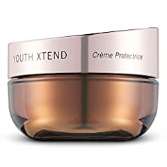 Advanced moisturising formula contains SPF 15, UVA/UVB and potent ingredients that provide comprehensive antioxidant protection to minimise and prevent the appearance of fine lines and wrinkles This moisturising cream helps shield skin from UV damage...