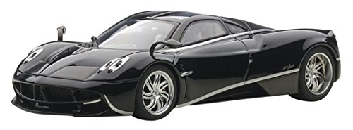 Pagani Huayra Black with Silver Stripes 1/43 by Autoart 58209
