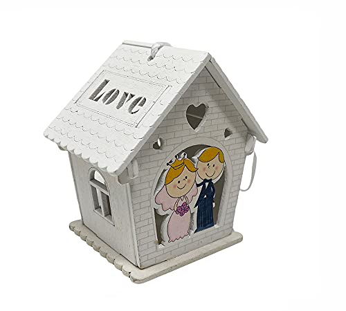 vet italy Vetrineinrete Bomboniera Matrimonio scatolina in Legno portaconfetti a casetta con sposi abbraciati