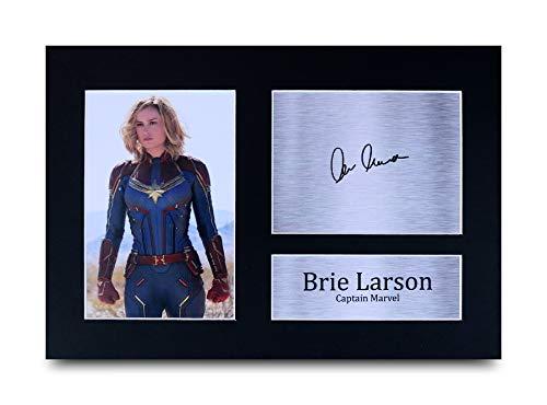 HWC Trading Brie Larson A4 Ungerahmt Signiert Gedruckt Autogramme Bild Druck-Fotoanzeige Geschenk Für Captain Marvel The Avengers Filmfans