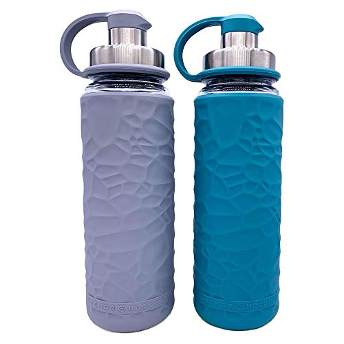 Anchor Hocking Life Wasserflaschen aus gehärtetem Glas, mit Silikonhülle, 2 Stück, je 19,5 Unzen, BPA-frei, breite Öffnung, auslaufsicher, Wiederverwendbare Wasserflaschen, Grau und Blau