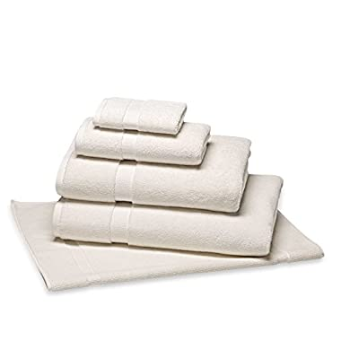 Wedding Registry Favorite Wamsutta 805 Long-lasting and absorbent 100% Turkish Cotton 58  L x 30  W Bath Towel in Ivory