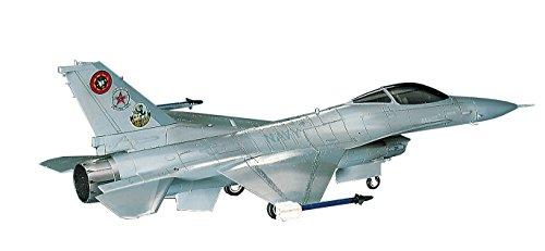 ハセガワ 1/72 アメリカ海軍 F-16N トップガン プラモデル C12