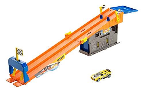 Hot Wheels DRB29 - Race Garage Tuning Rennbahn mit Tragekoffer und 1 Spielzeugauto, Spielset und Spielzeug ab 4 Jahren