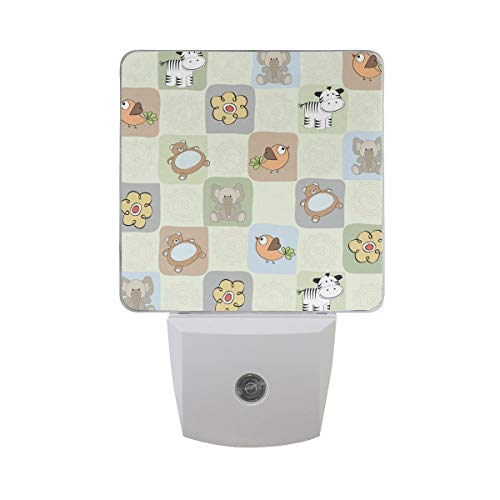 AOTISO Dieren Toy Pattern met Tiger Elephant Bear Birds Flowers in Plaid Background Auto Sensor Night Light Plug in Indoor