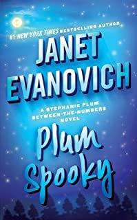 Plum Spooky by Janet Evanovich - Paperback
