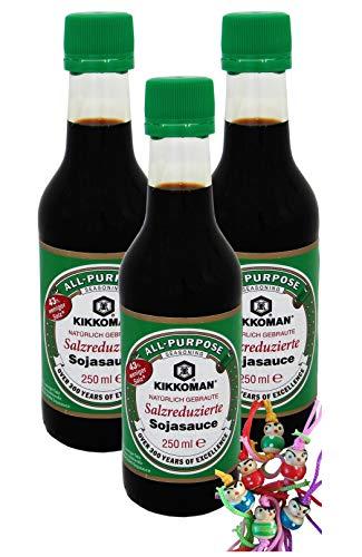 yoaxia ® - 3er Pack - [ 3x 250ml ] 43% weniger Salz als die traditionelle KIKKOMAN / SALZREDUZIERTE Sojasauce + ein kleines Glückspüppchen - Holzpüppchen