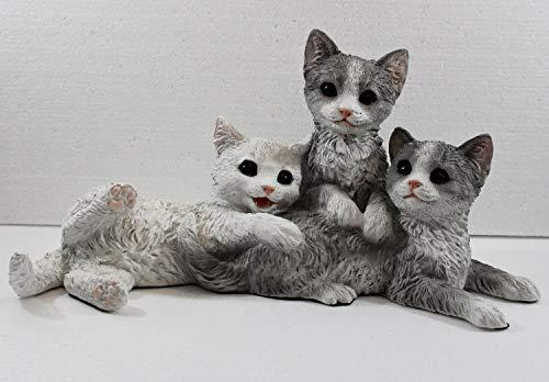 Castagna Dekofigur Katze Katzenfigur DREI Junge Kätzchen sitzend liegend Kollektion Resin H 19 cm