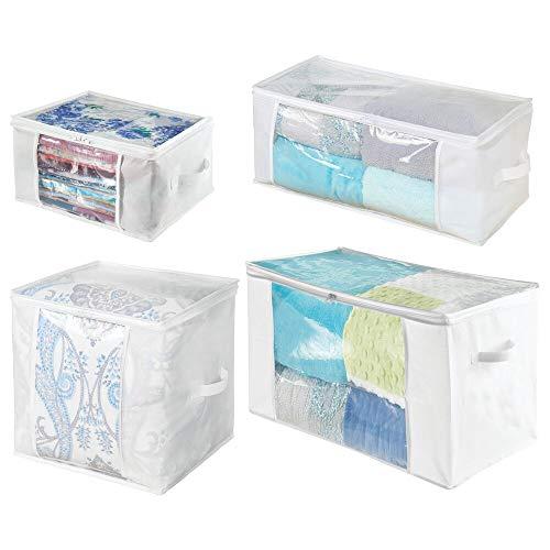 mDesign Juego de 4 cajas organizadoras de tela de distintos tamaños – Prácticas cajas para guardar ropa y ropa de cama – Sistema de almacenaje con cremallera y ventana – blanco/transparente