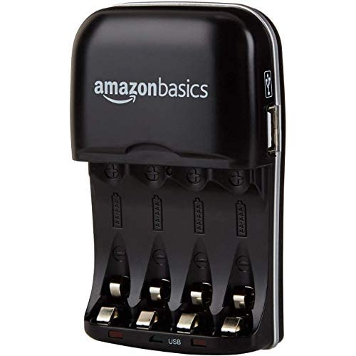 AmazonBasics - Carica batterie con porta USB per batterie Ni-MH AA e AAA