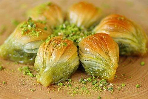Gulluoglu Mussel Shape Turkish Baklava, Freshly Produced and Long Lasting, Traditional Turkish Baklava (Pistachio, 20 Pieces (2.2 lb))