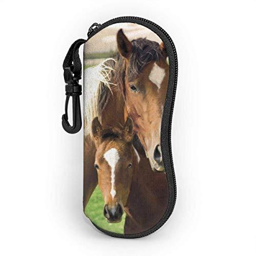 sherry-shop Horses Yegua y potro Gafas de sol Estuche blando con clip para cinturón, Estuche protector para gafas con cremallera de neopreno suave y ligero, 17cm × 8cm