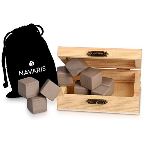 Navaris 9X Whisky Steine aus Granit - Kühlsteine Set Whiskey Stones - Eiswürfel für Rum Scotch Getränke - Whiskeysteine mit Holzbox und Samtbeutel - 6