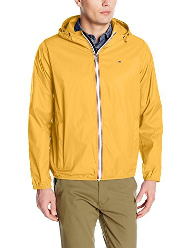 Tommy Hilfiger Men's Lightweight Hooded Packable Windbreaker Jacket, Yellow, XL