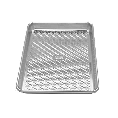 Chicago Metallic Petite plaque de cuisson en aluminium texturé non revêtu 22,9 x 33 cm, argent