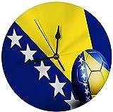 Oh Sweety Moderne dekorative runde Wanduhr-Bosnien und Herzegowina-Flagge mit Fußball-batteriebetriebenem 9.8IN
