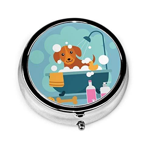 Portavivande rotondo da viaggio con 3 scomparti compatti, porta medicina portatile per la medicina e la vitamina per le esigenze quotidiane - giocoso cane balneazione nella vasca da bagno
