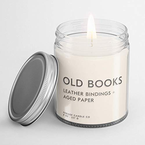 OLD BOOKS Book Lovers' Candle | Book Scented Candle | Vegan + Cruelty-Free + Phthalte-Free