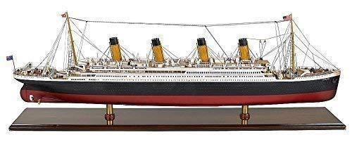 """Modelo grande con diseño de barco, de la legendaria """"Titanic"""" la Whit"""