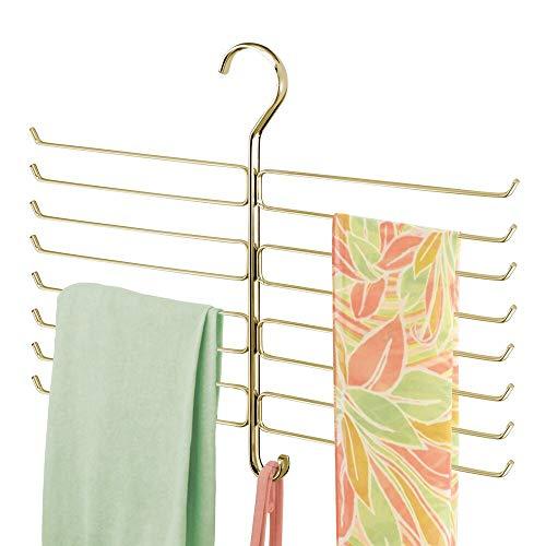 mDesign Colgador de ropa para ahorrar espacio en el armario – Organizador de armarios de metal con percha múltiple de 16 brazos para colgar chales, mallas, corbatas, pañuelos y más – color latón