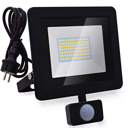 Lumare 50W LED Strahler mit Bewegungsmelder und Anschlußstecker 5000lm außen und innen IP65 ersetzt ca. 350W Mini Flutlicht Lampe 3000K warmweiß 230V