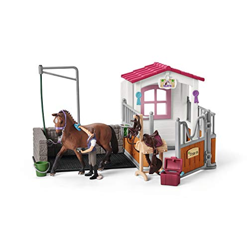Wash area with horse stall - Amazon Exclusive