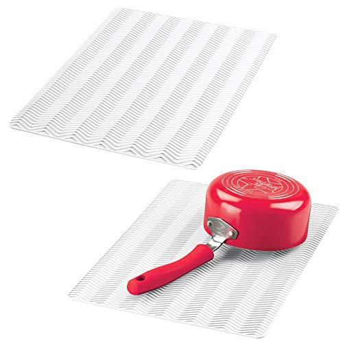 mDesign Juego de 2 alfombrillas antideslizantes de silicona – Práctico tapete escurridor con dibujo de espiga para ollas y vajilla – Escurreplatos para la cocina apto para lavavajillas – blanco