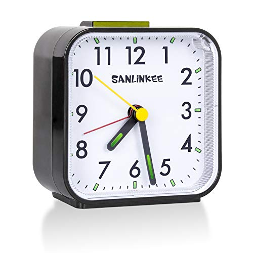 sanlinkee Wecker Analog Ohne Ticken Wecker am Bett Batteriebetriebene kleine Tischuhren Lautlos Reisewecker mit Schlummerfunktion für Schlafzimmerbüro