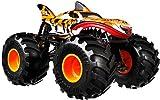Hot Wheels- Veicolo Monster Truck Tiger Shark, Macchinina con Ruote GIGANTI con Motore a S...