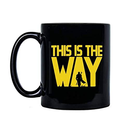 This is The Way – Taza de calidad premium Yoda de Star Wars Mandalorian divertida taza de café de bebé Yoda regalos taza para fans de Star Wars (negro)