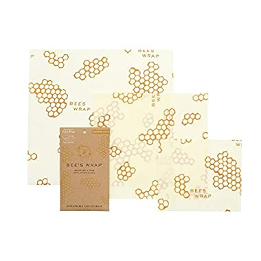 Bee's Wrap Assorted 3 Pack, Eco Friendly Reusable Food Wraps, Sustainable Plastic Free Food Storage, Honeycomb Print - 1 Small, 1 Medium, 1 Large