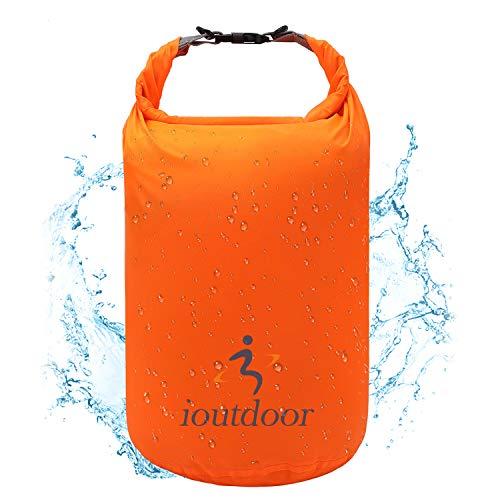 ioutdoor Borsa Impermeabile a Secco, Ultraleggeri Sacca Impermeabile 2L/5L/10L/20L/40L/70L, Super Impermeabile, Leggero, Gratuito da Piegare, per Spiaggia/Pesca/Rafting/Nuoto/Camping (Arancia, 70L)