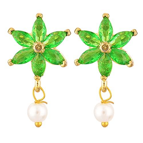 Efulgenz Pendientes de tuerca chapados en oro indio con circonita cúbica y perlas florales para mujeres y niñas