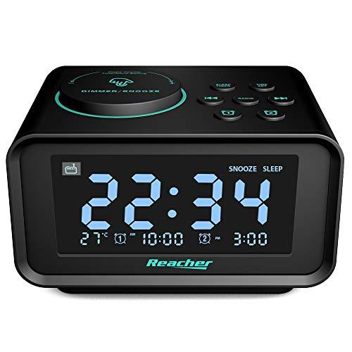 Reacher Radiosveglia FM Digitale con Doppio Allarme, orologio da comodino con display LCD dimmerabile, Snooze, porte USB doppie per smartphone e tablet Ricarica, batteria/alimentazione elettrica