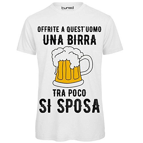 CHEMAGLIETTE! Maglietta Addio al Celibato T-Shirt Divertente Uomo con Stampa Ironica Offrite Una Birra Tuned, Colore: Bianco, Taglia: L