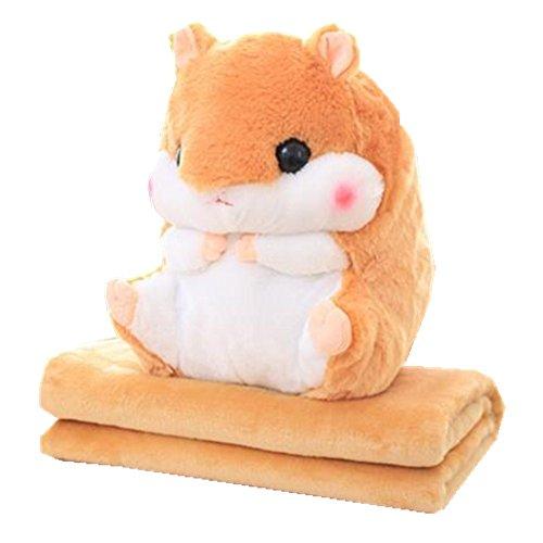 Niedlicher Hamster, der ein Kissen und eine weiche Decke in sich verbirgt, Koralle hellbraun