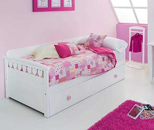 Cama nido blanca y rosa de corazones