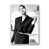 モニカベルッチファッションブラックホワイトフォトポスターウォールアートピクチャーキャンバスポスターとプリントHDプリント油絵壁画リビングルーム家の装飾フレームレス