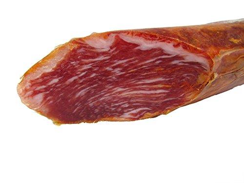 Lomo Cebo Ibérico Raza 50% Iberico Certificado. Elaboración tradicional, curado en bodegas naturales. Piezas seleccionadas de 450-500 gr.aprox. Envasado al vacío