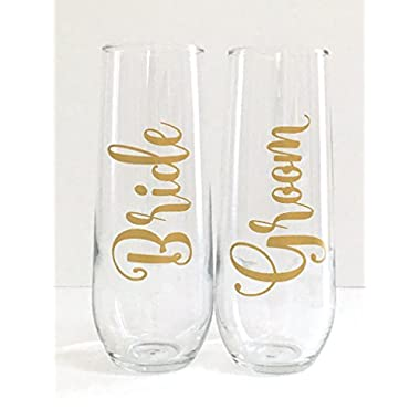 Bride and Groom Wedding Champagne Flute Set - Engagement Gift - Set of 2