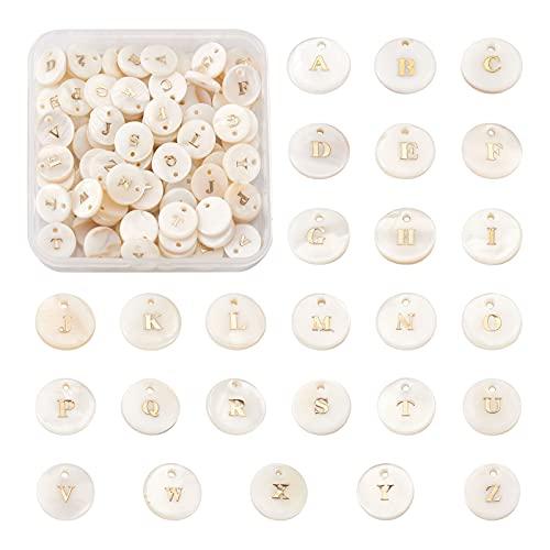 Beadthoven - 104 colgantes de concha de agua dulce con letras blancas redondas con bloqueo de oro...