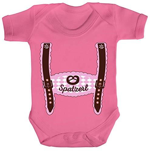 ShirtStreet Wiesn Strampler Bio Baumwoll Baby Body Kurzarm Jungen Mädchen Oktoberfest - Mädchen Lederhose Spatzerl, Größe: 12-18 Monate,Bubble Gum Pink